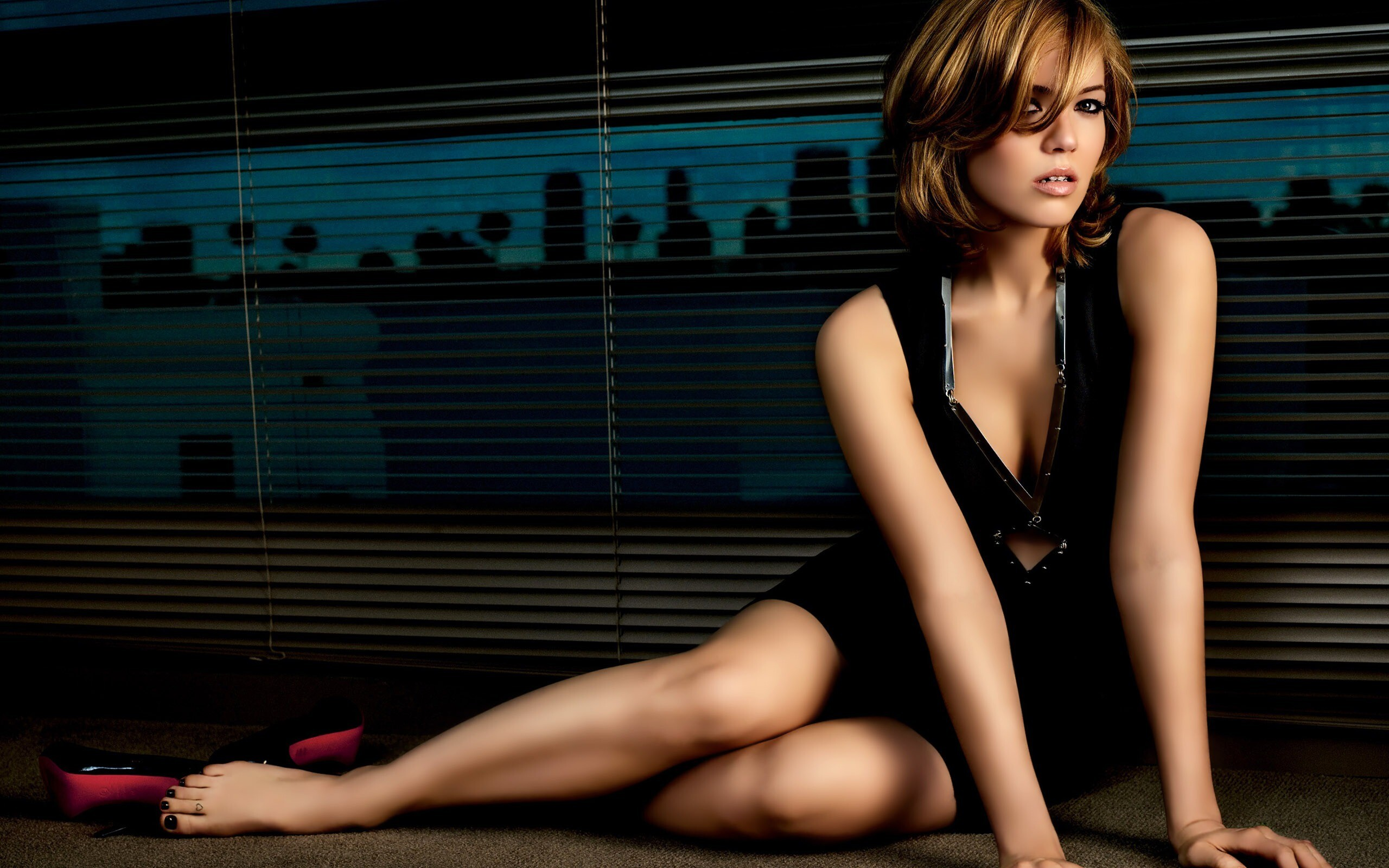 mandy-moore-model-image.jpg
