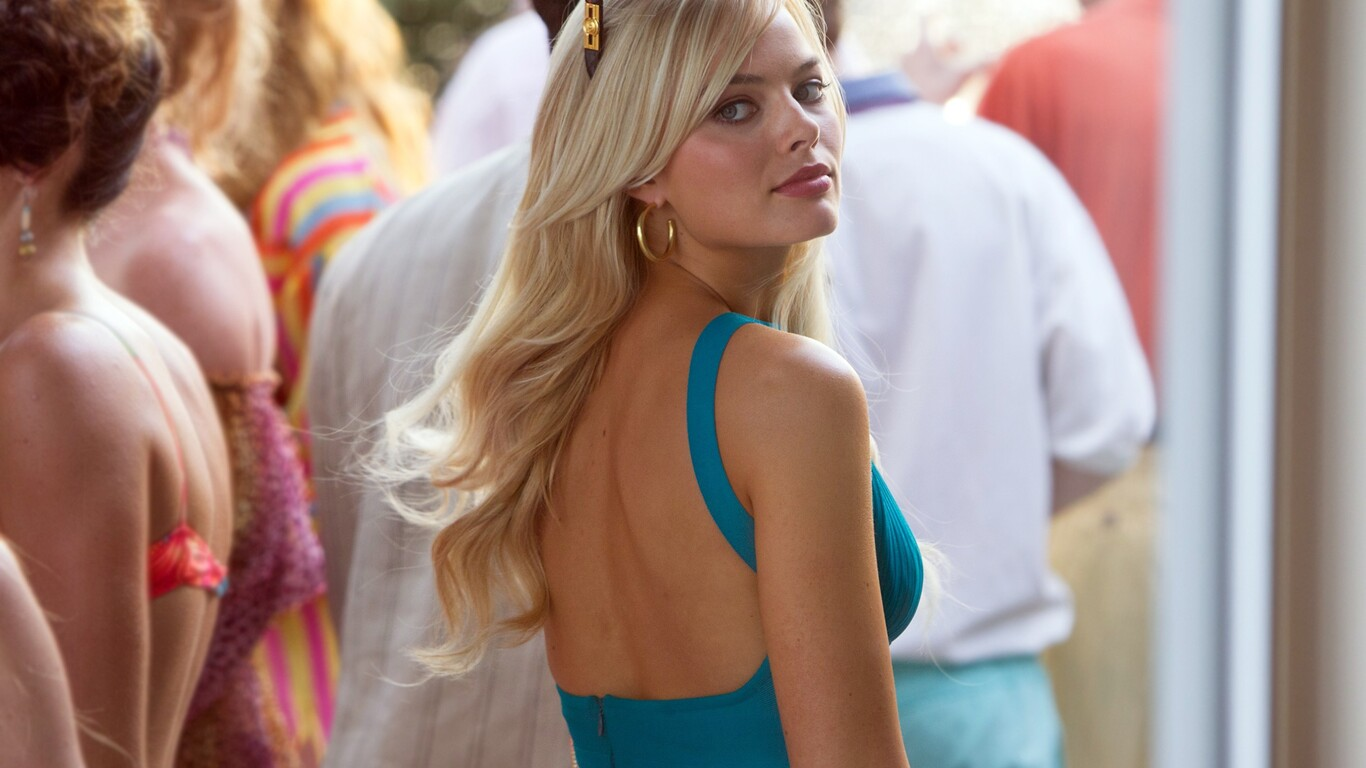 1366x768 Margot Robbie The Wolf Of Wall Street 1366x768 Resolution