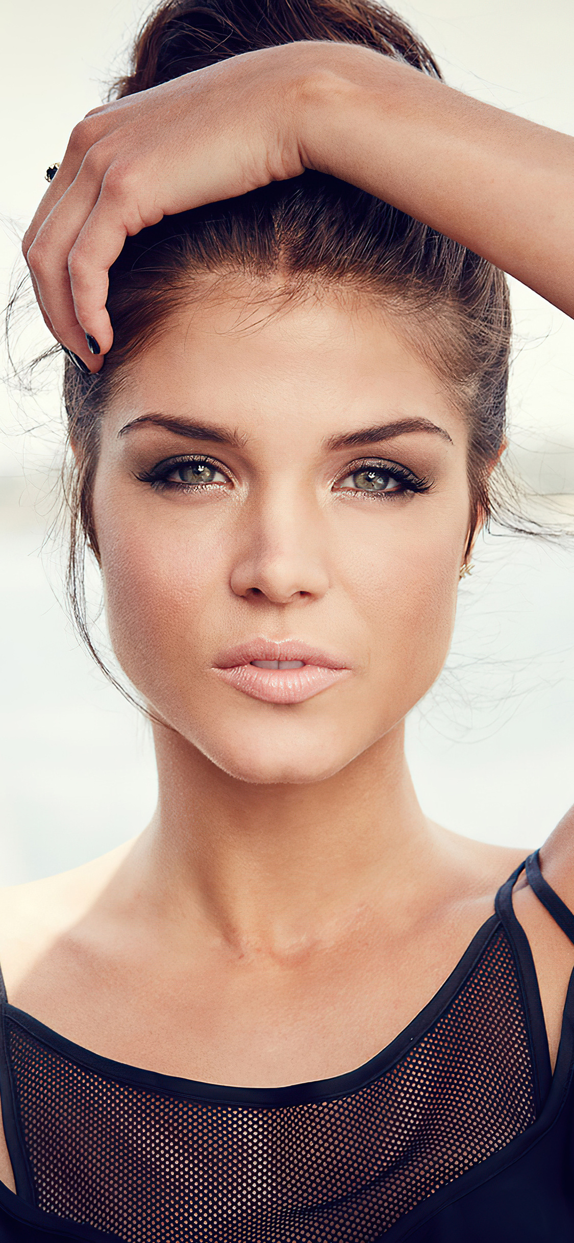 Marie Avgeropoulos Wallpapers Images Photos Pictures