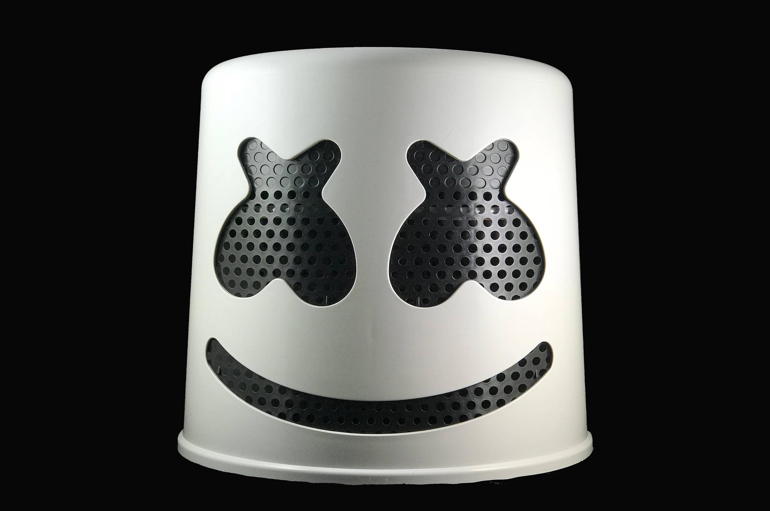 marshmello-mask-4k-ix.jpg