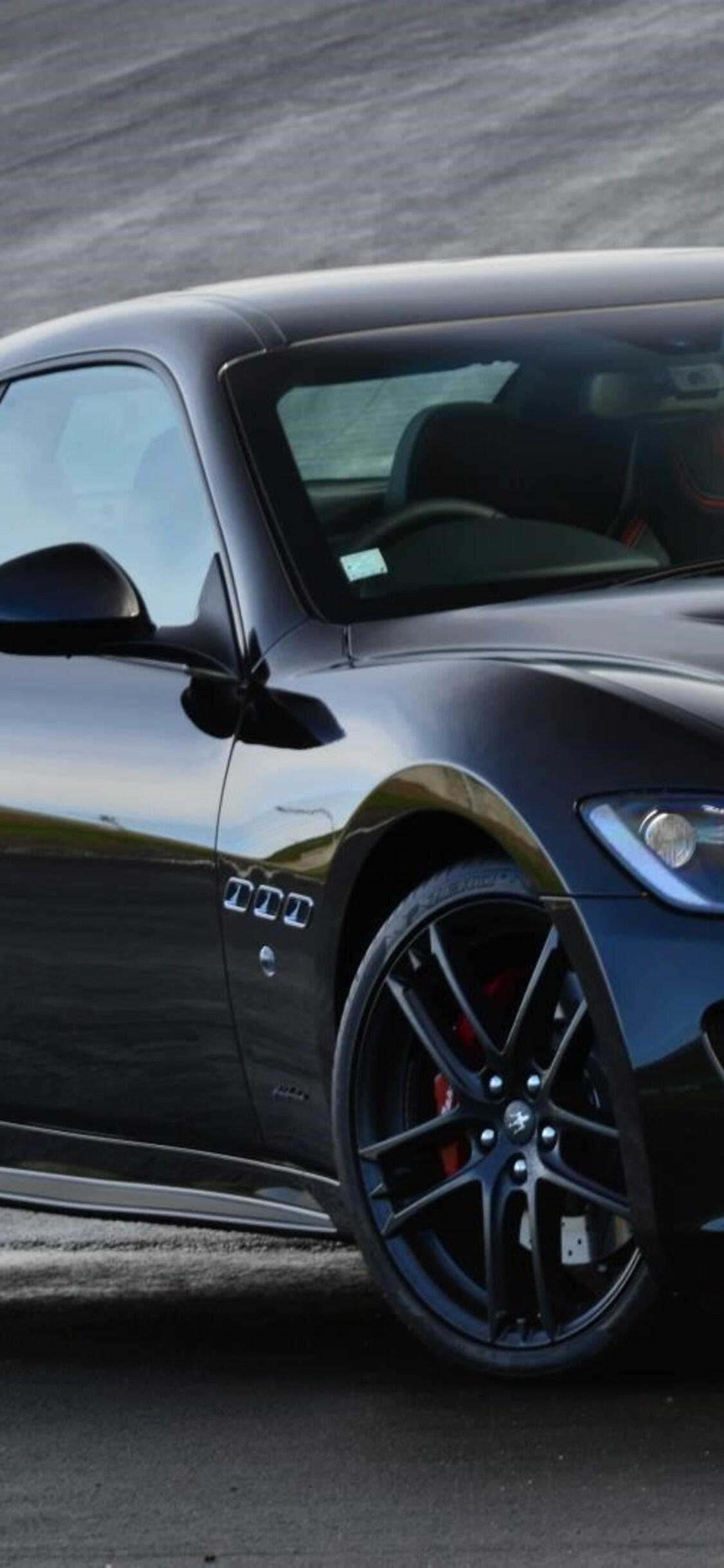 1125x2436 Maserati Gran Turismo Iphone Xs Iphone 10 Iphone X