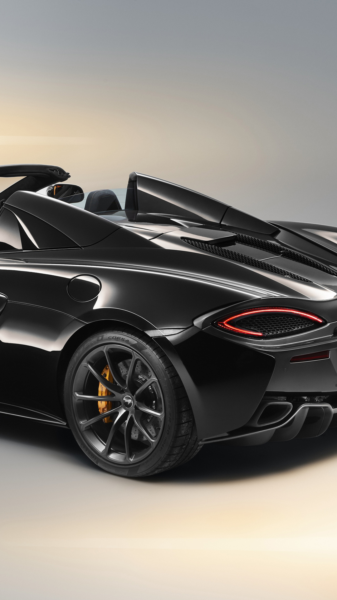 mclaren-570s-spider-design-edition-2018-rear-cz.jpg