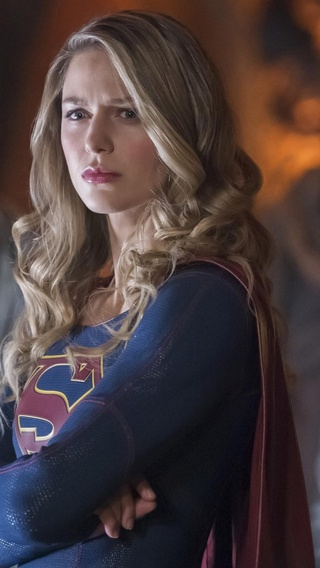 melissa-benoist-in-supergirl-season-3-2017-5f.jpg