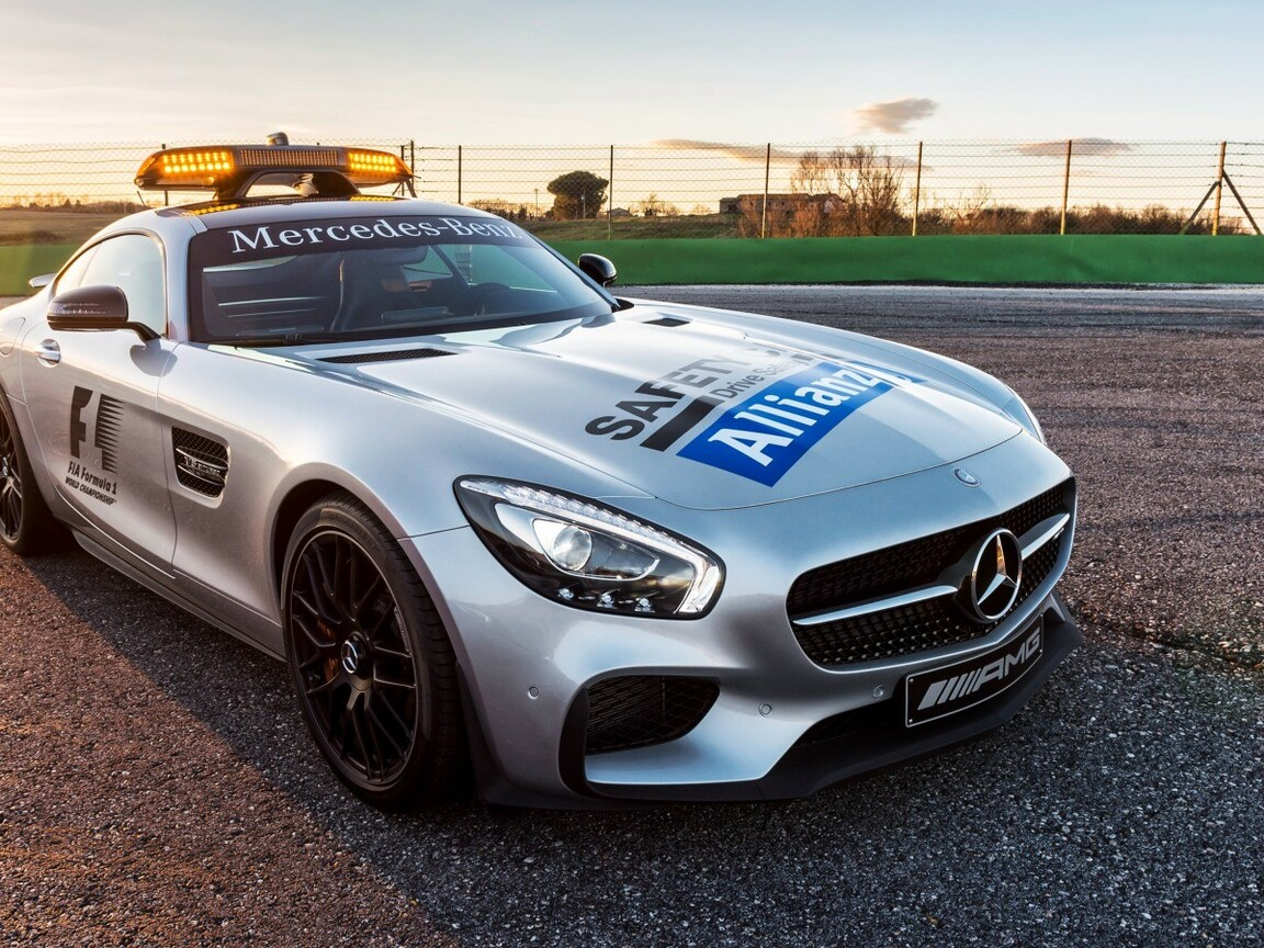 mercedes-benz-safety-car-wallpaper.jpg