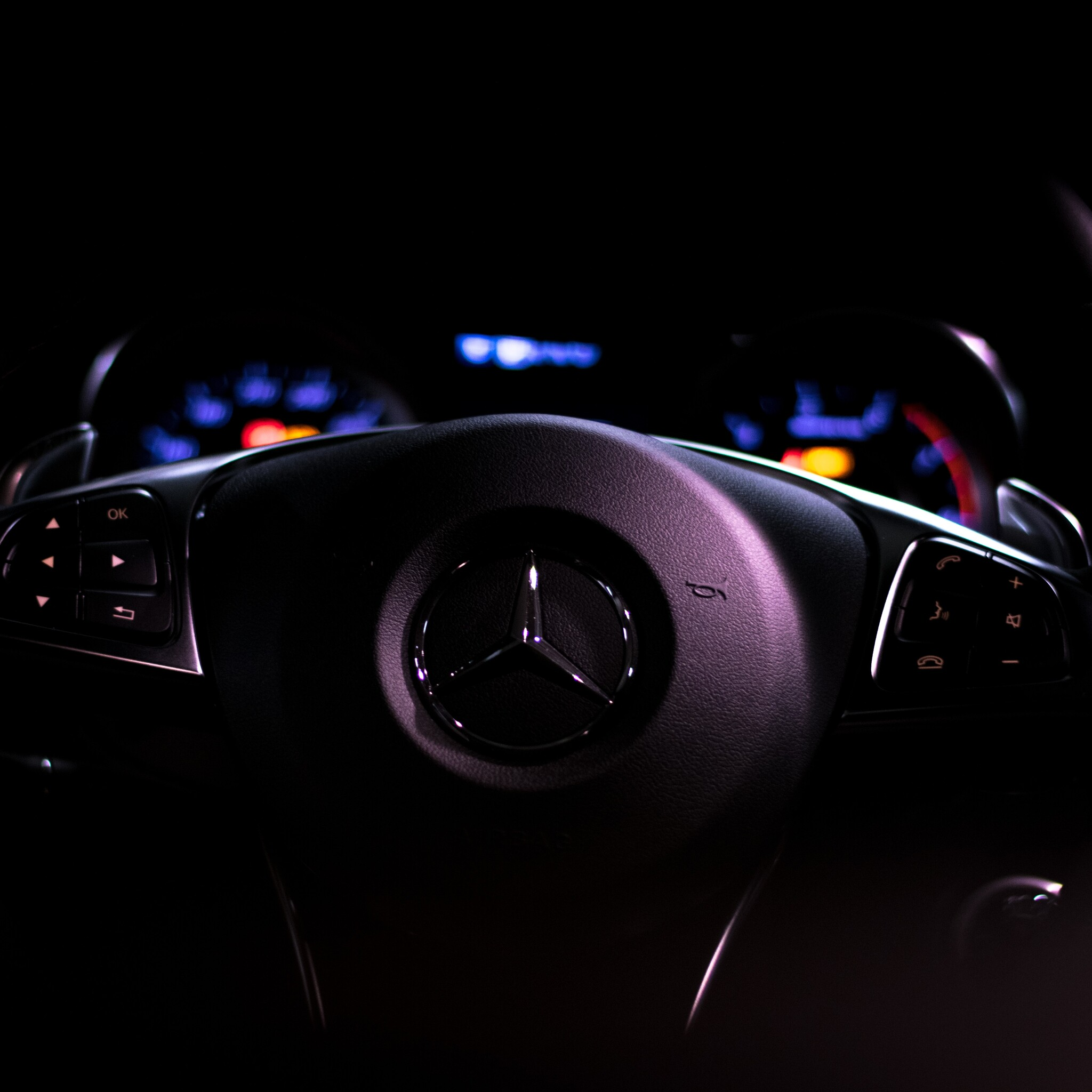 Mercedes Benz Car Wallpaper: 2048x2048 Mercedes Car Steering Full HD Ipad Air HD 4k