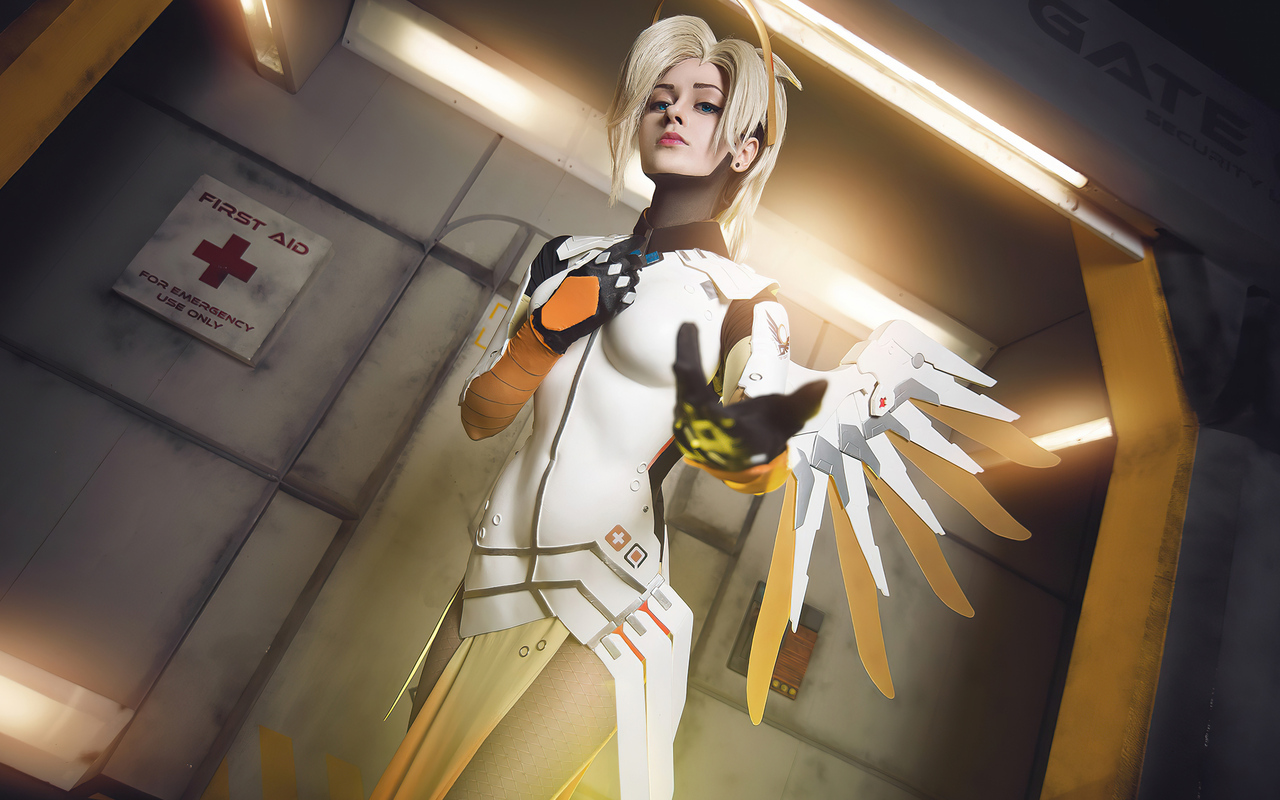mercy-overwatch-cosplay-2021-4k-w7.jpg