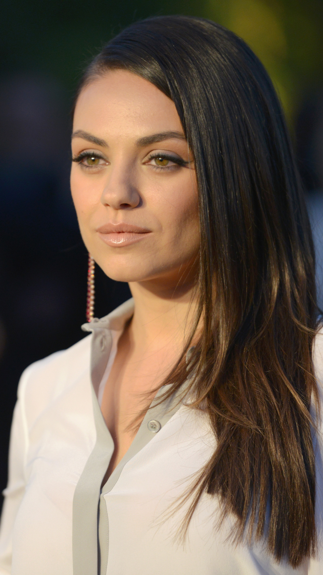 1080x1920 mila kunis 2017 8k iphone 7,6s,6 plus, pixel xl ,one plus