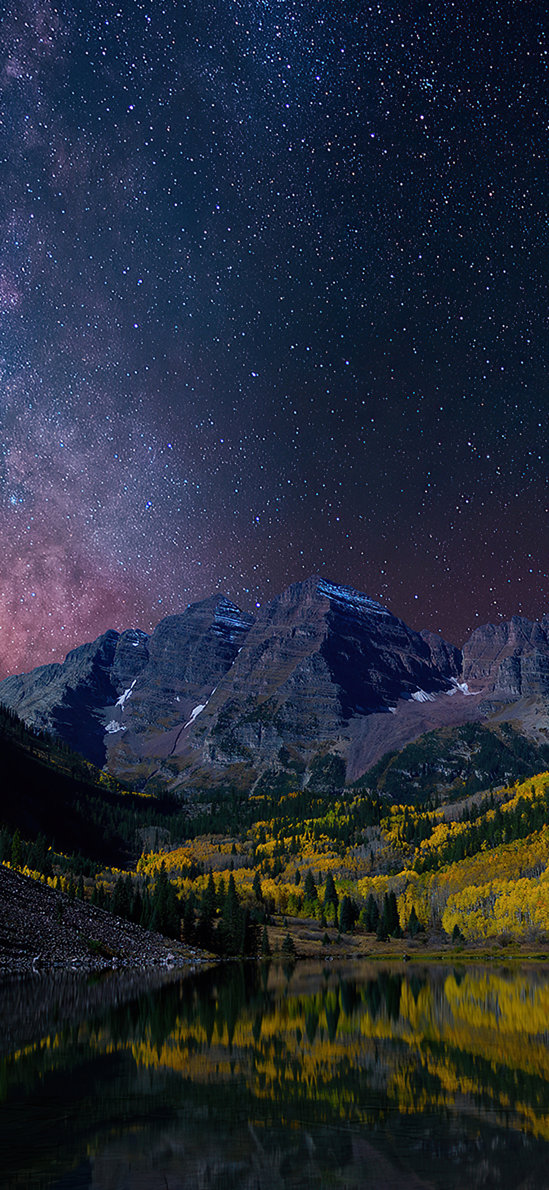 milky-way-on-starry-night-landscape-4k-vk.jpg