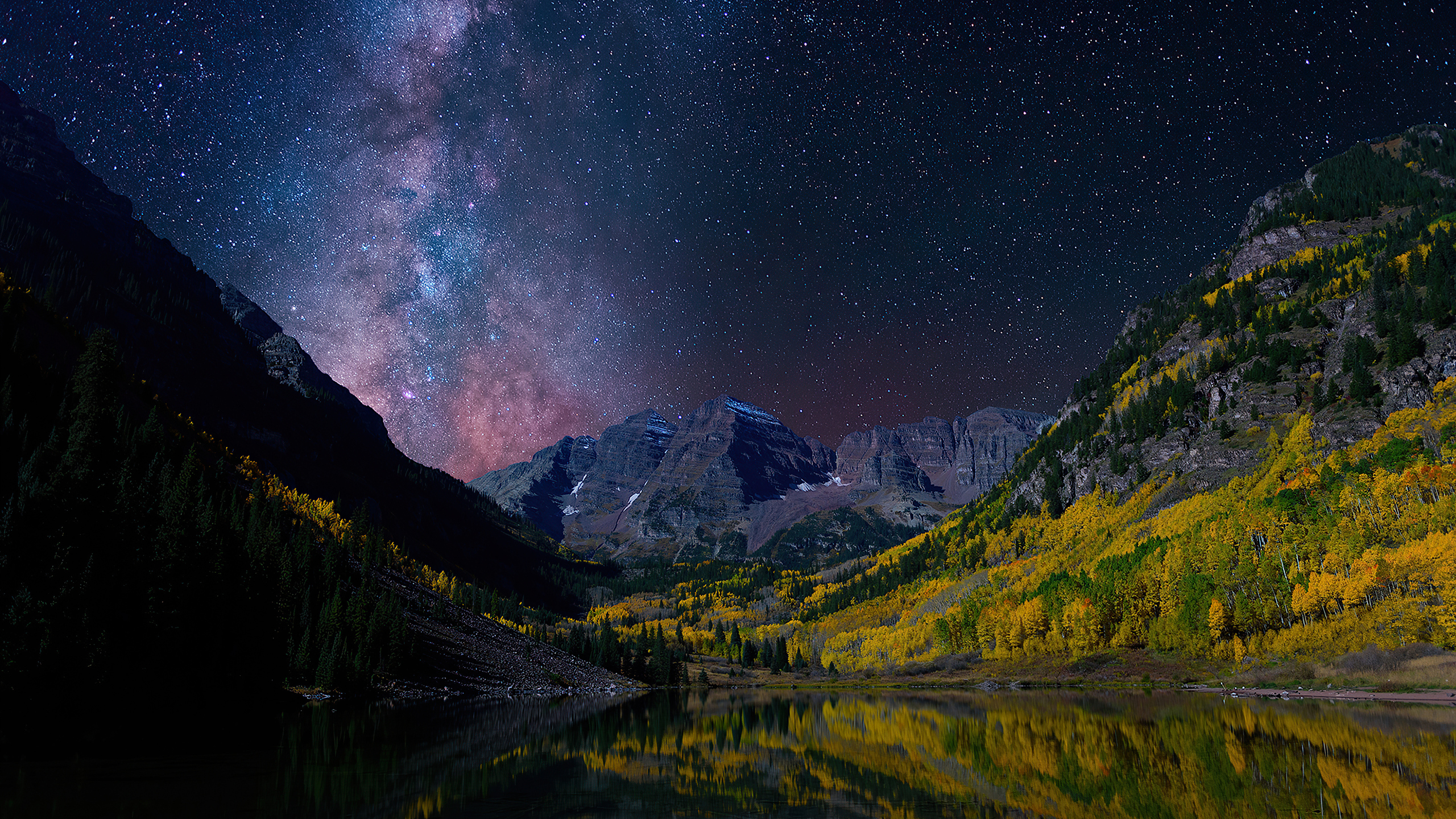 milky-way-on-starry-night-landscape-4k-vk.jpg