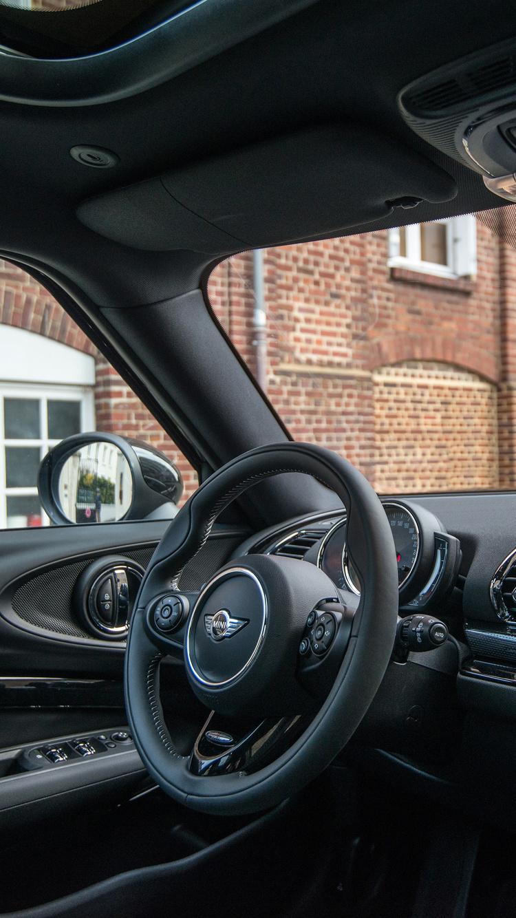 750x1334 Mini Cooper S Clubman Interior Iphone 6 Iphone 6s