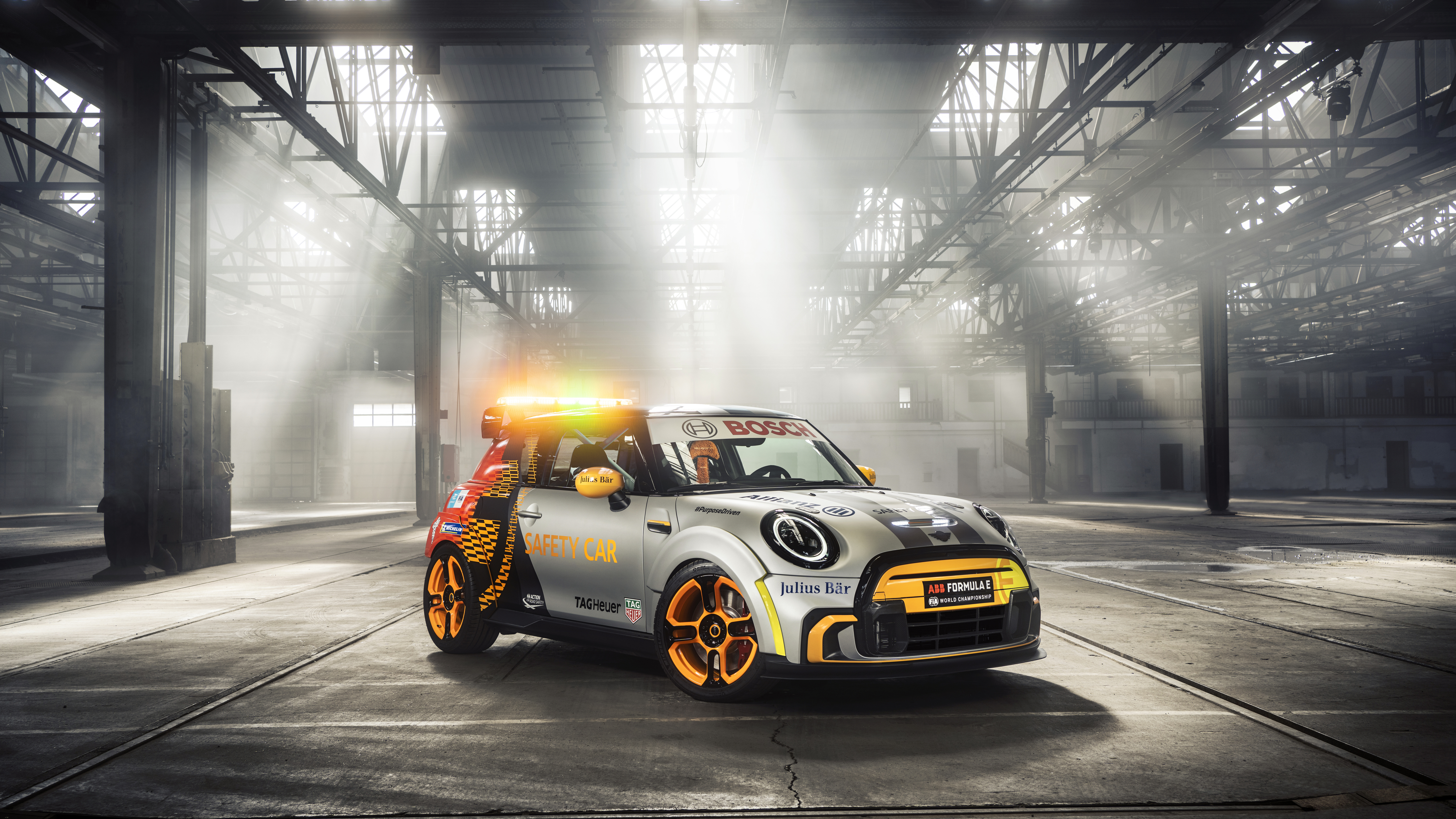 mini-electric-pacesetter-2021-side-view-7f.jpg