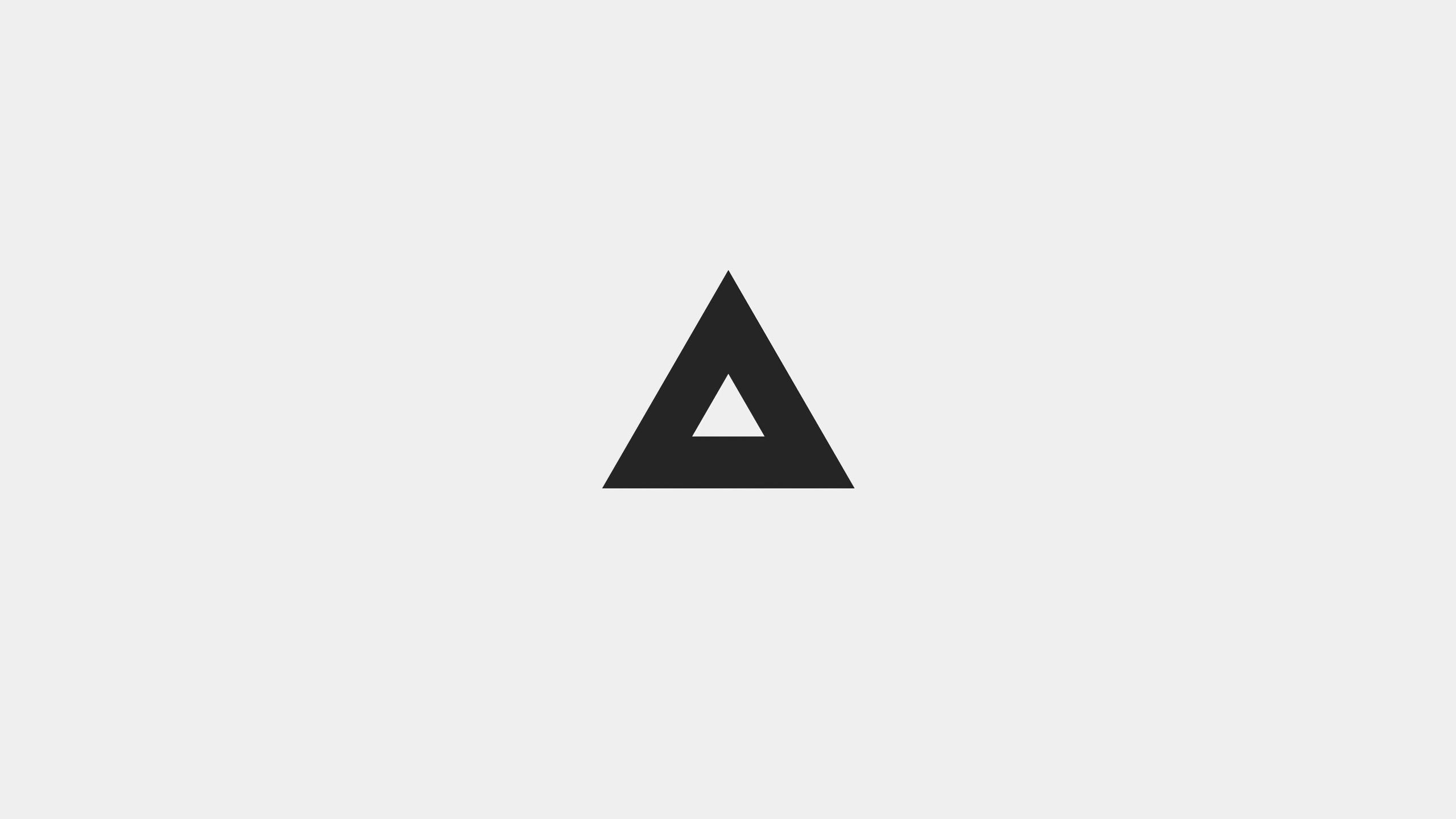 2560x1440 Minimal Triangle White Background 4k 1440P ...