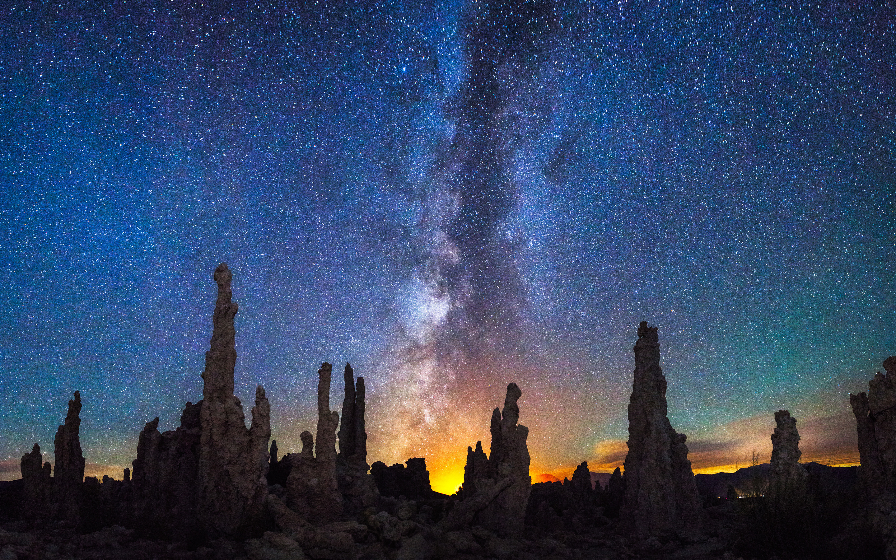 mono-lake-near-mammoth-lakes-california-milky-way-ig.jpg