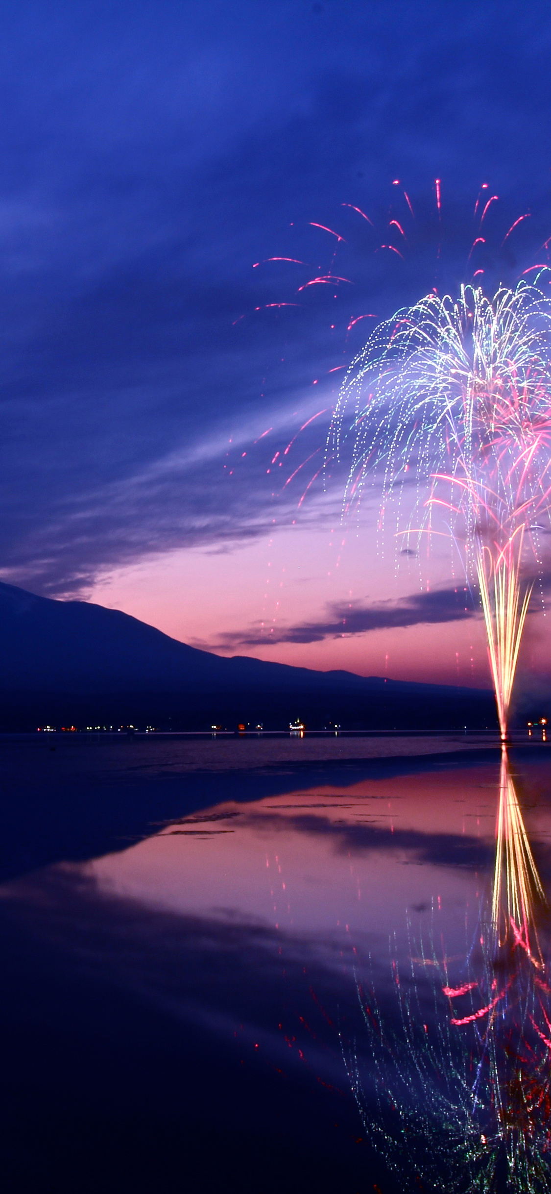 1125x2436 Mount Fuji Fireworks Japan 5k Iphone Xs Iphone 10