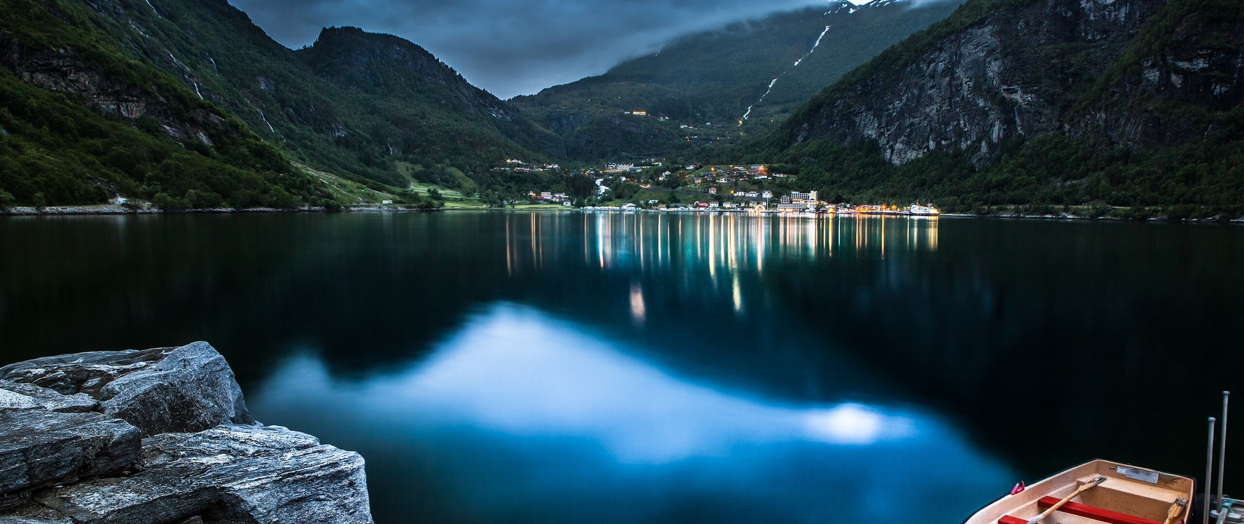 mountain-lake-beautiful-night.jpg