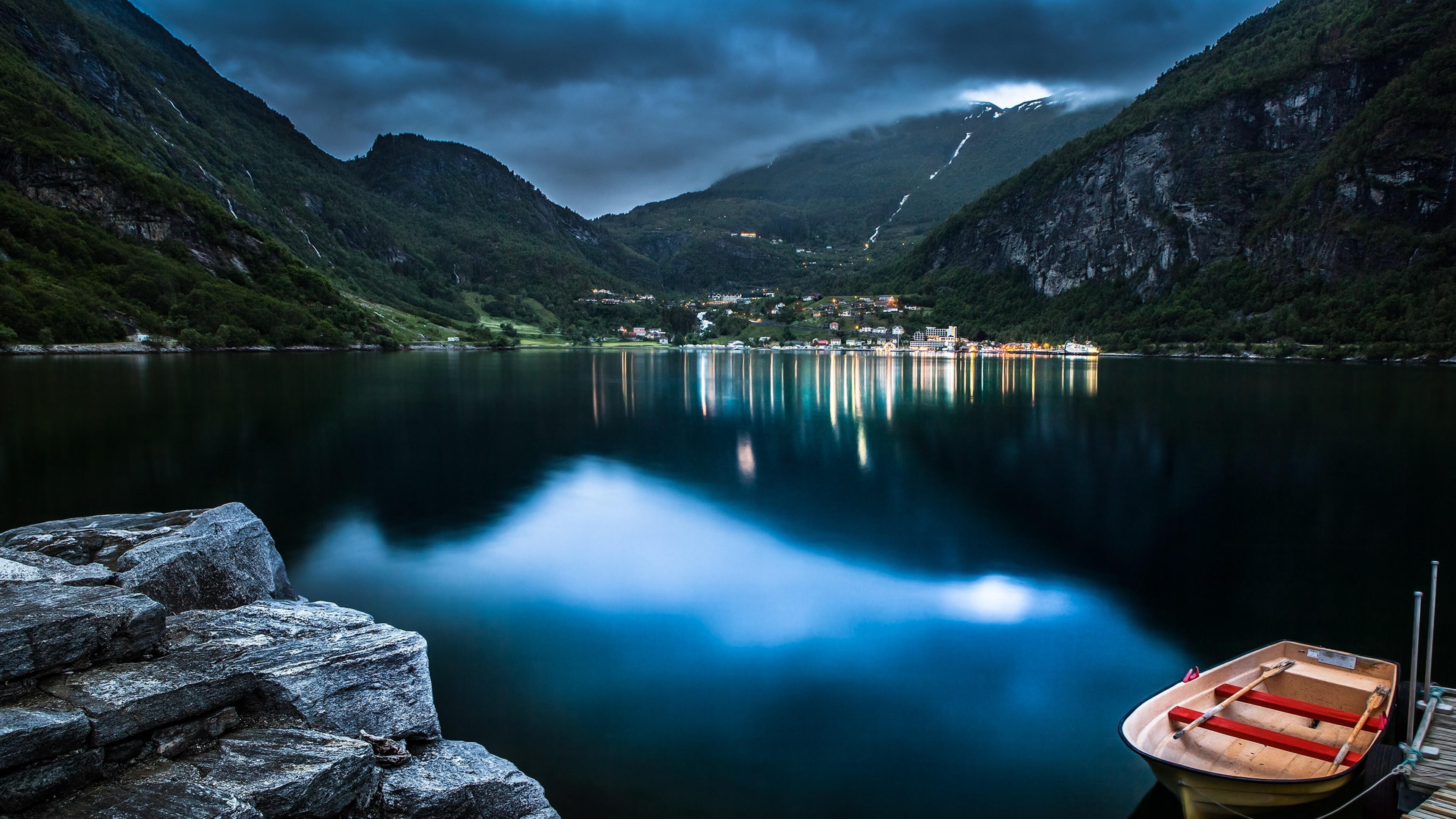 mountain-lake-beautiful-night.jpg