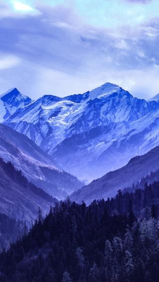 mountain-range-blue-5k-yf.jpg