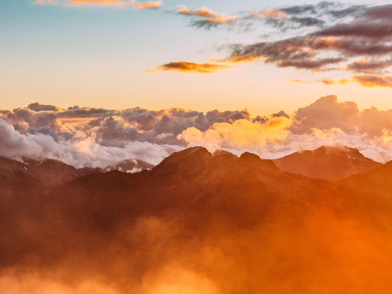 mountain-range-sea-of-clouds-m7.jpg
