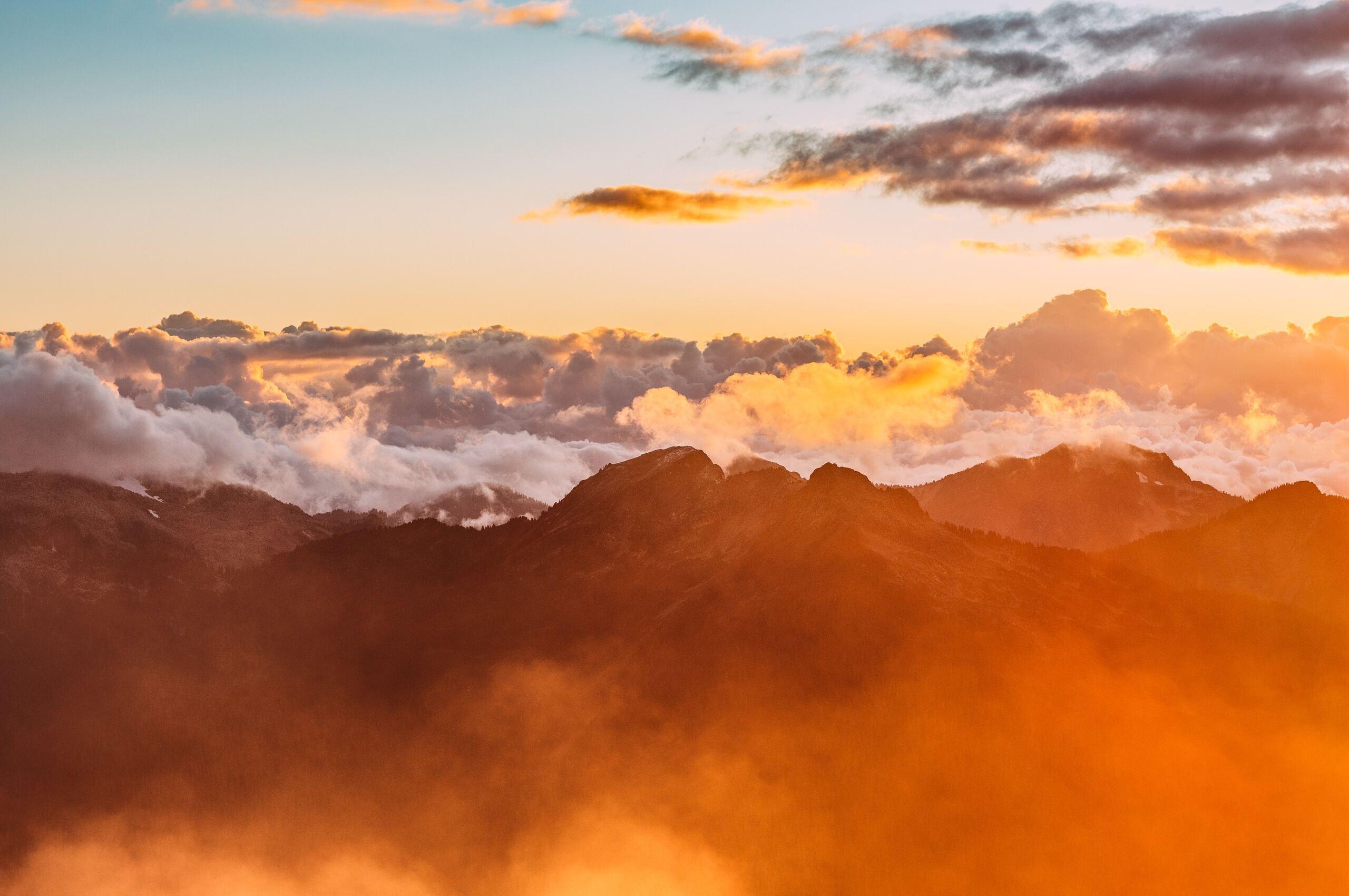 mountain-range-sea-of-clouds-m7.jpg