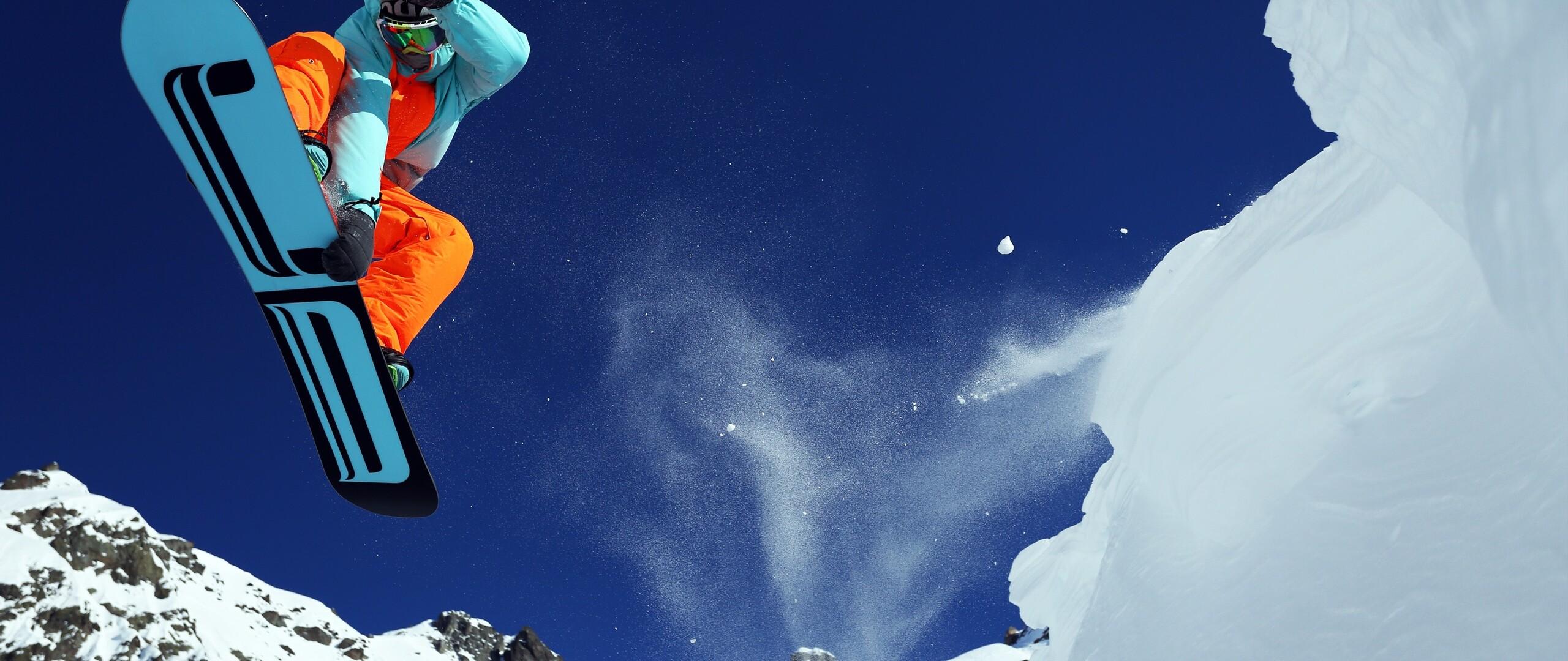 mountain-skiing-hd.jpg