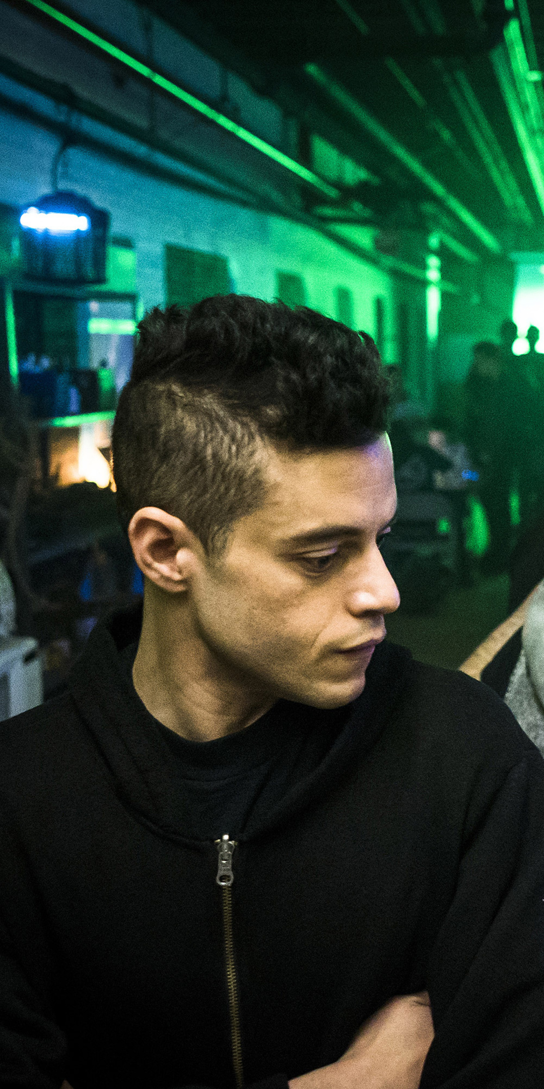 mr-robot-season-3-rami-malek-w0.jpg