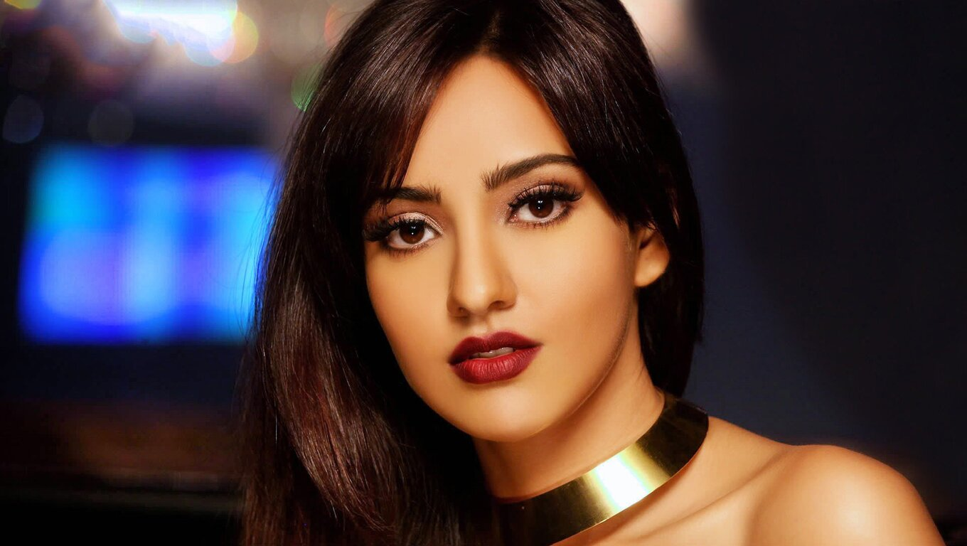 1360x768 Neha Sharma Indian Celebrity Laptop Hd Hd 4k Wallpapers