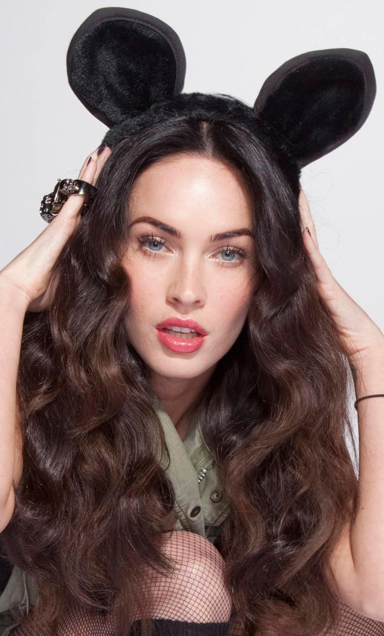 1280x2120 New Megan Fox 4k Iphone 6 Hd 4k Wallpapers