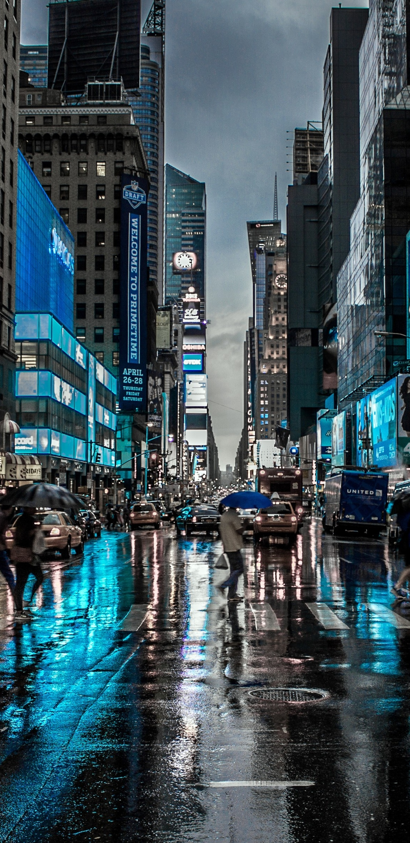 1440x2960 New York City Street Reflection Motion Blur Dark 4k Samsung Galaxy Note 9 8 S9 S8 S8 Qhd Hd 4k Wallpapers Images Backgrounds Photos And Pictures