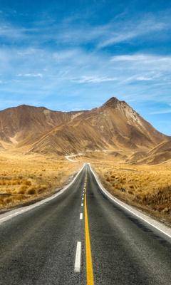 new-zealand-open-roads-to-mountains-5k-xm.jpg