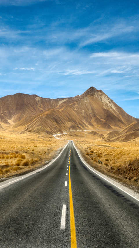 new-zealand-open-roads-to-mountains-5k-xm.jpg