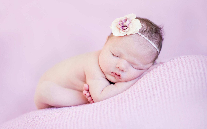 2880x1800 newborn baby cute macbook pro retina hd 4k wallpapers
