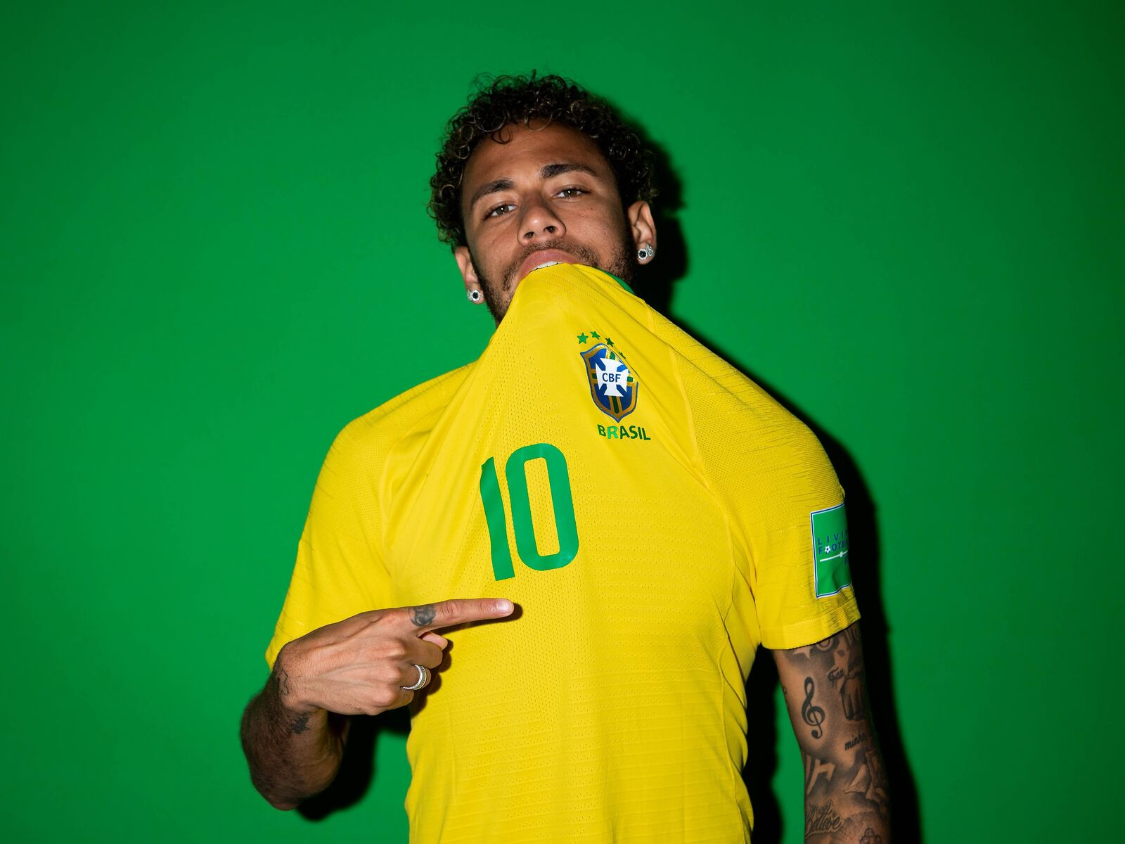 neymar-jr-brazil-portraits-2018-9z.jpg