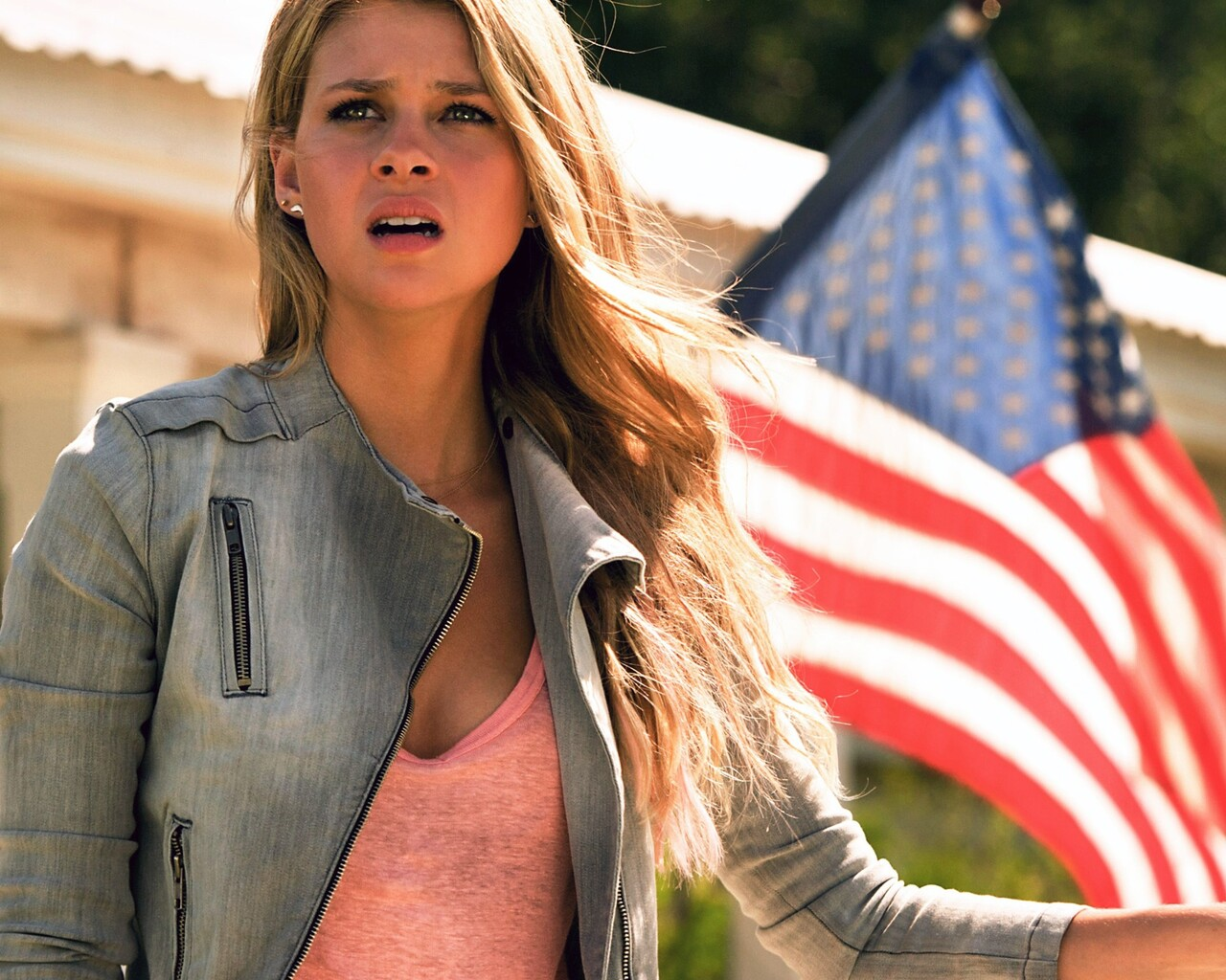 nicola-peltz-in-transformers-movie.jpg