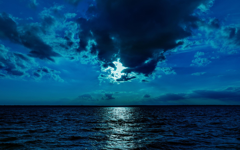 night-moon-sea-sky-blue-4k-li.jpg