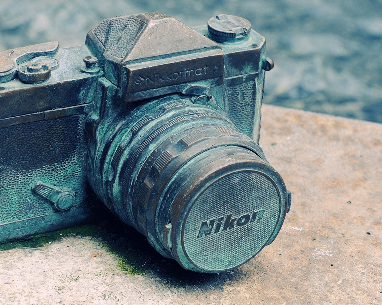 nikon-camera-vintage.jpg