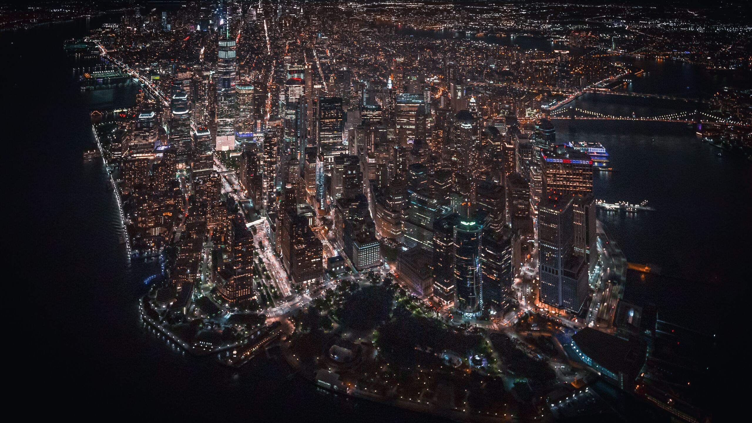 nyc-downtown-helicopter-view-4k-7r.jpg