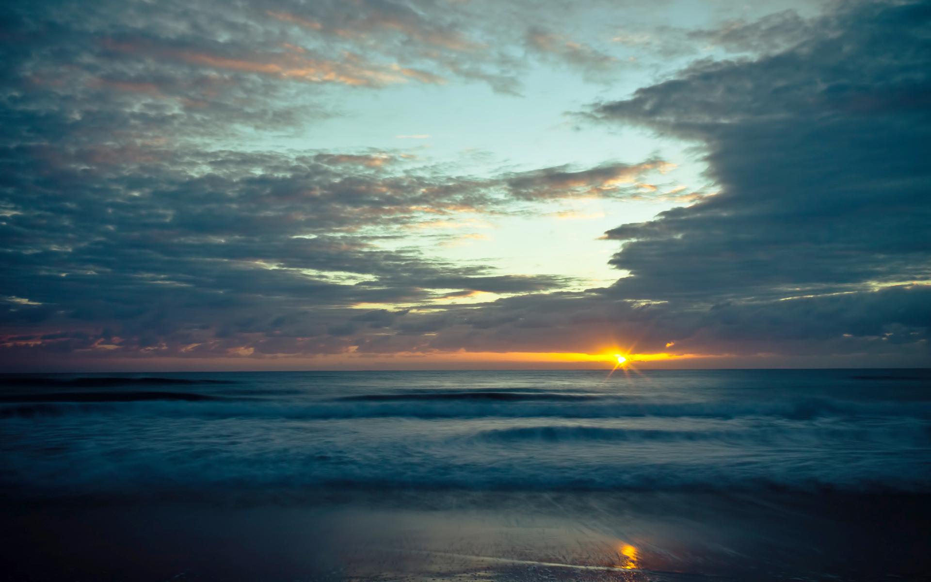 ocean-morning-bl.jpg