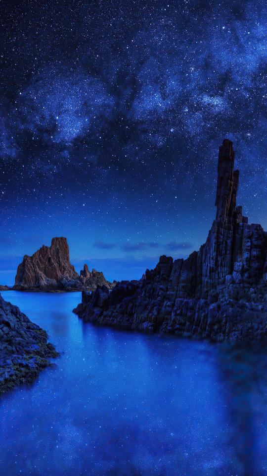 ocean-rocks-on-starry-night-4k-tk.jpg