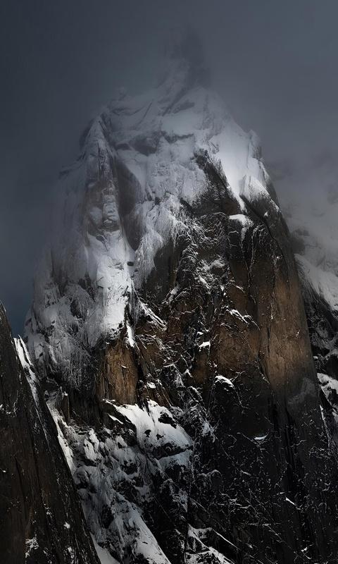 ogilvie-mountains-in-the-yukon-4k-08.jpg