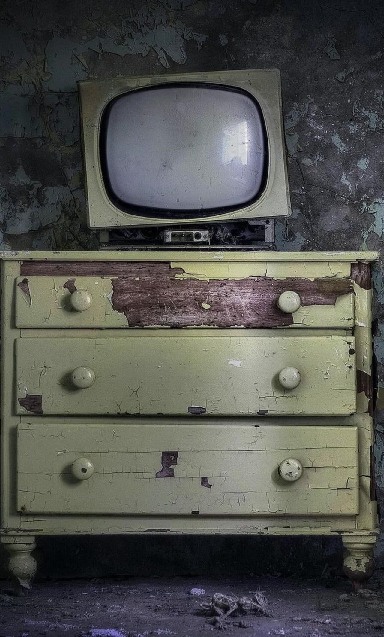 Old Vintage Tv 4k