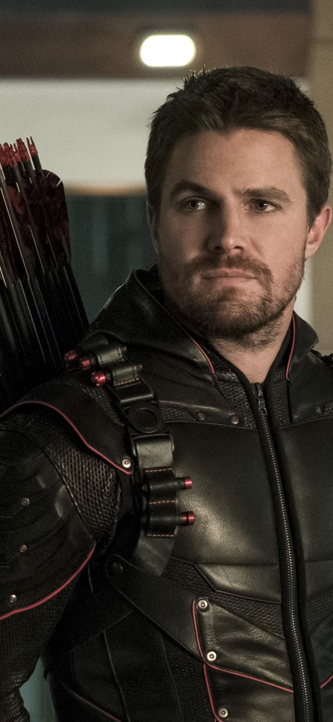 1125x2436 Oliver Queen As Arrow Season 6 2017 Iphone Xs