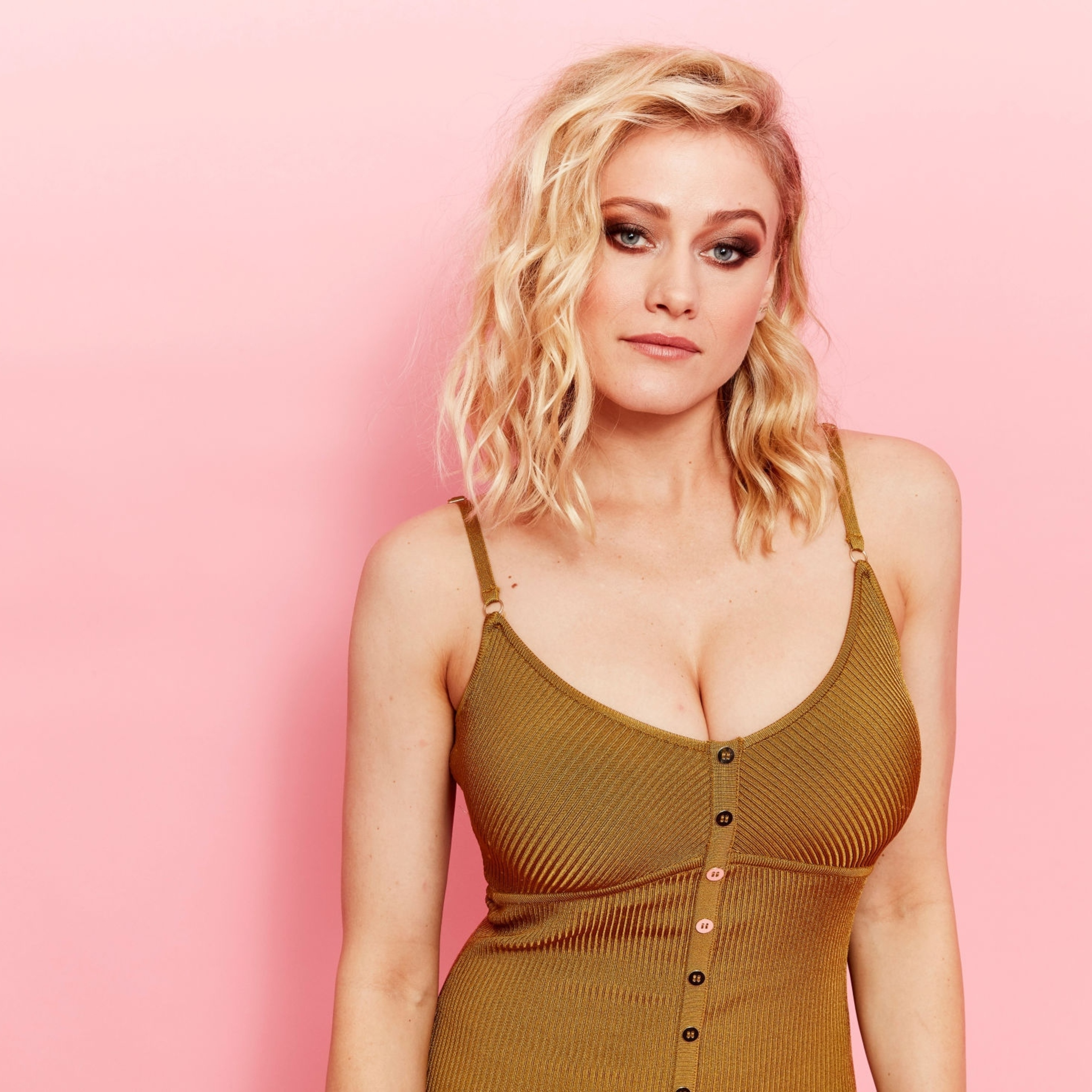 Olivia taylor dudley the barber gif