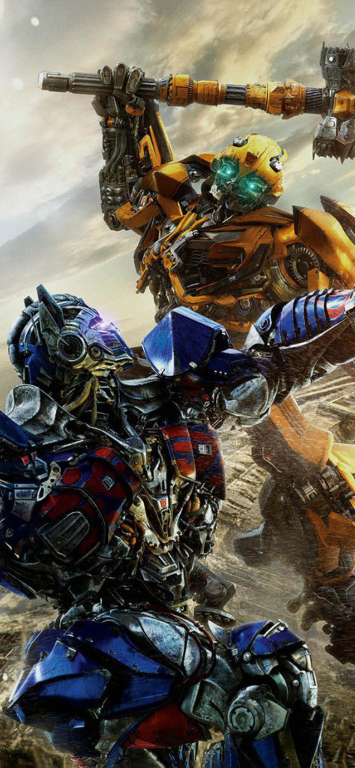 1242x2688 Optimus Prime Vs Bumblebbe Transformers The Last