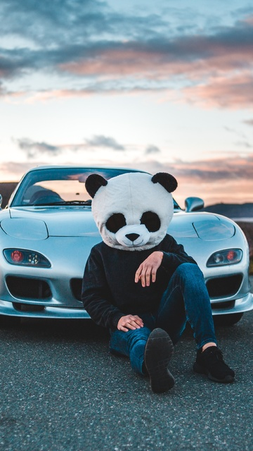 panda-boy-with-cars-5k-q3.jpg