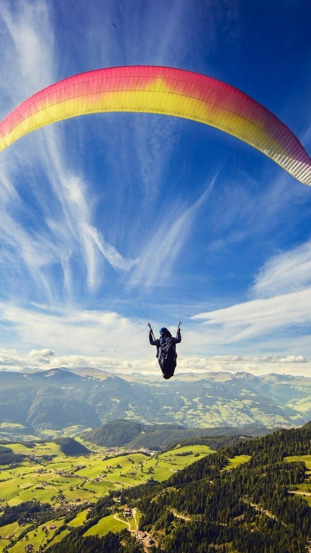 Paragliding wallpaper 1366x768