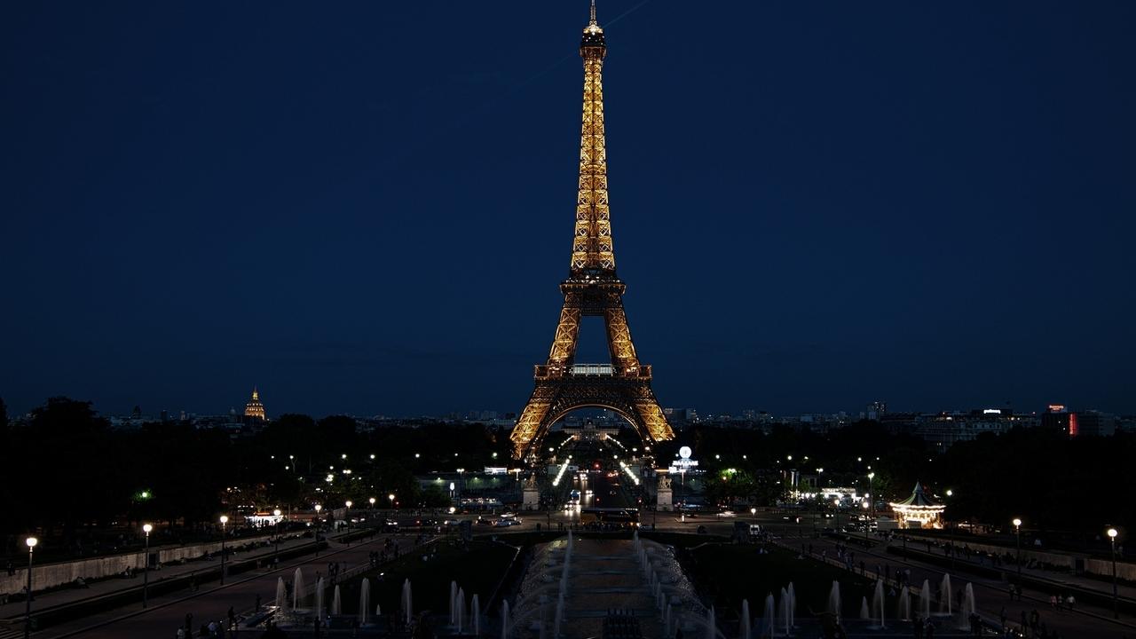 paris-france-eiffel-tower.jpg