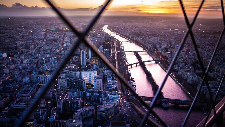 paris-view-from-eiffel-tower-top-flower-5k-ox.jpg