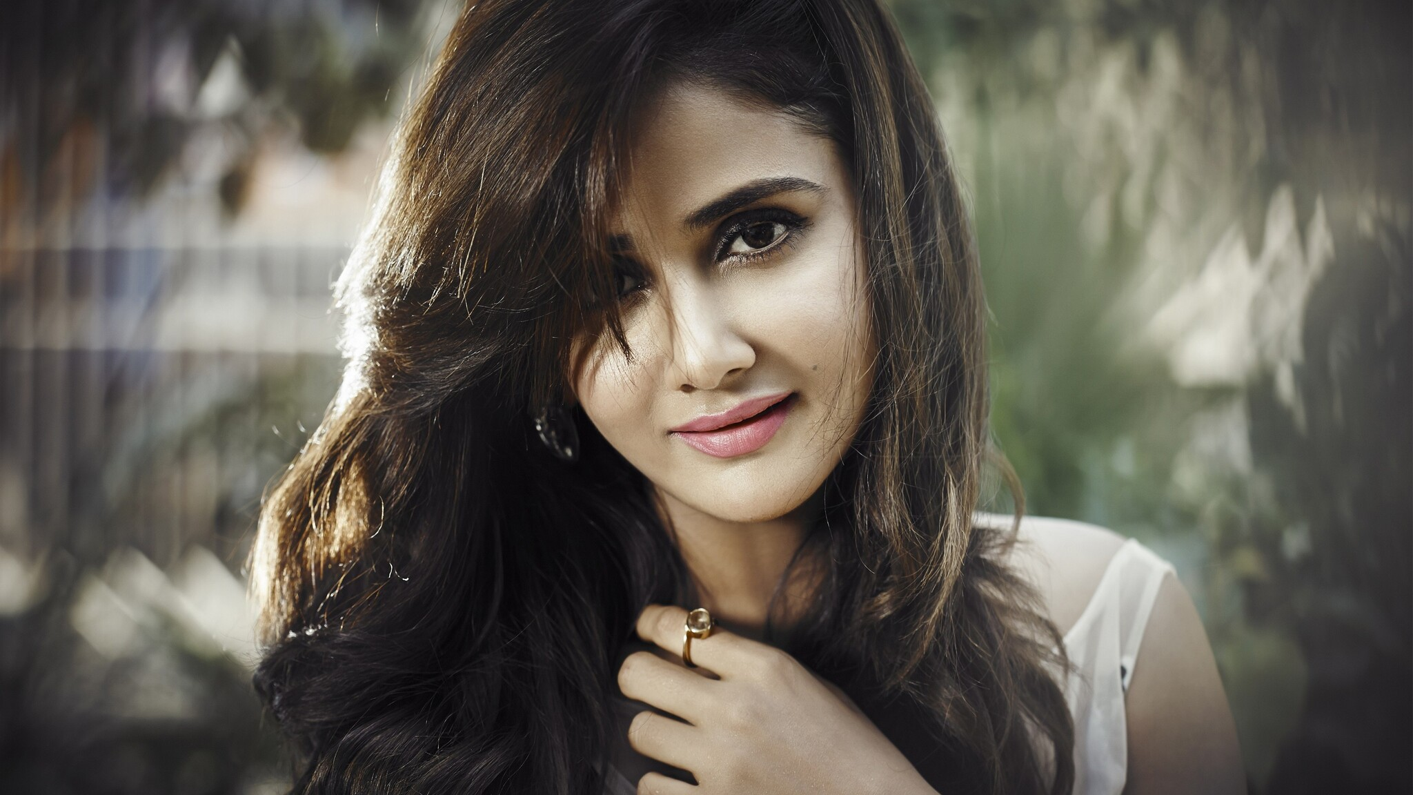 2048x1152 parul yadav 2048x1152 resolution hd 4k wallpapers, images