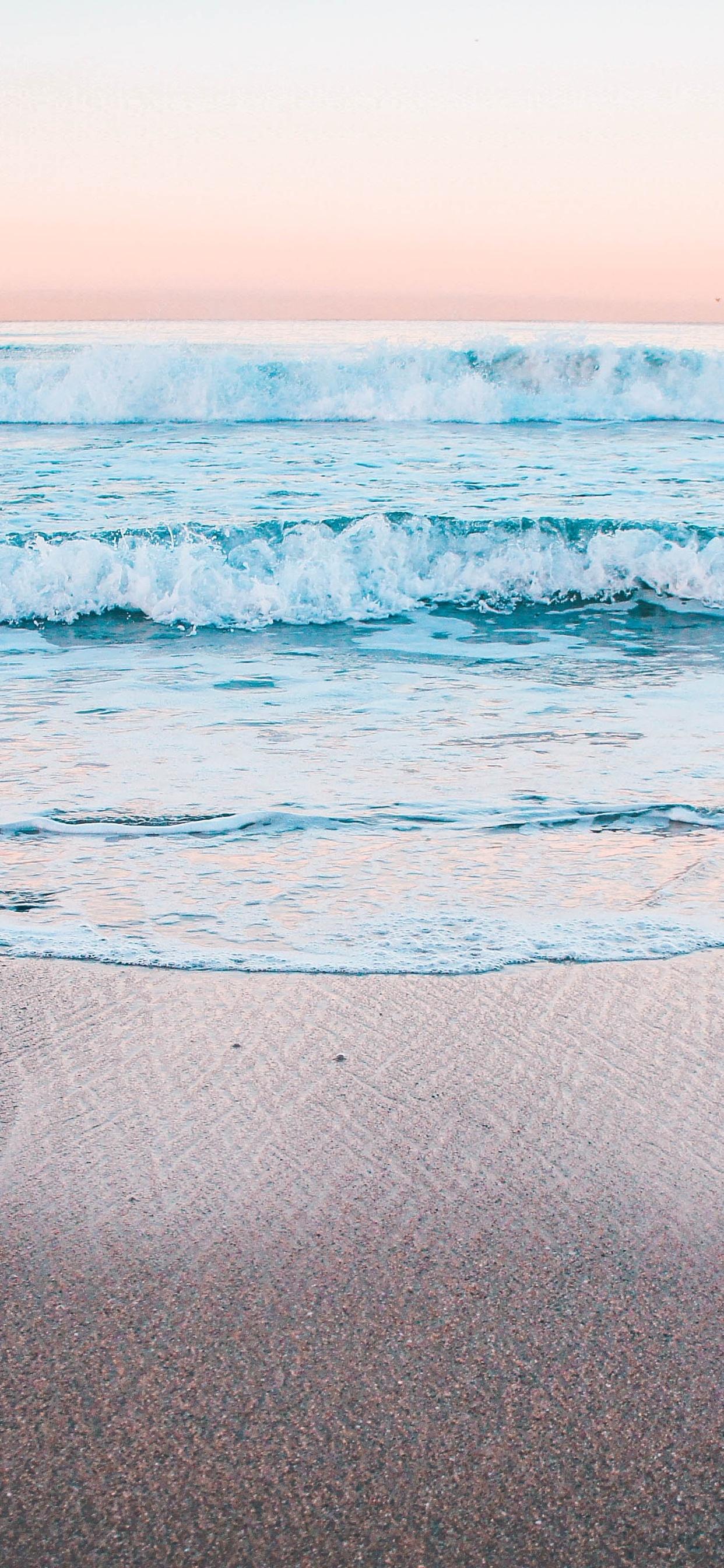 1242x2688 Peaceful Calm Waves 5k Iphone Xs Max Hd 4k