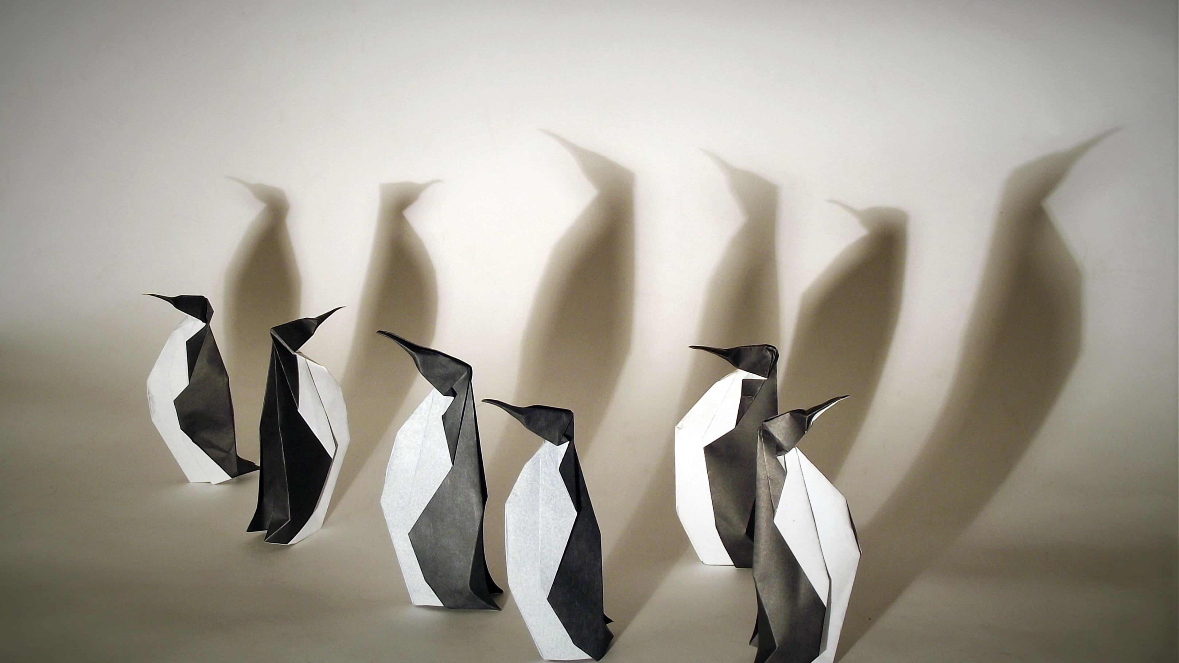 penguins-origami-wallpaper.jpg